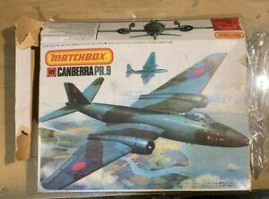 1/72 Recon Aircraft : BAC Canberra PR.9 [RAF] Matchbox BAD BOX & DECALS