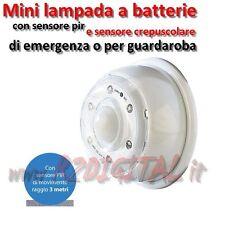 Mini LAMPADA LED batterie con sensore PIR INFRAROSSI di movimento + crepuscolare