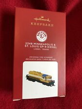 2348 Minneapolis & St. Louis Gp-9 Diesel Ltd Gold Hallmark Lionel Trains In Hand