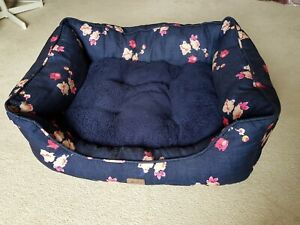Joules Dog Bed - Navy Floral large