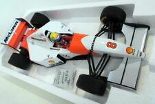 Modellini statici di auto, furgoni e camion in edizione limitata in plastica per McLaren