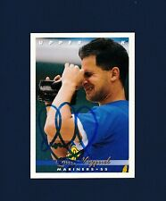 Omar Vizquel signed Seattle Mariners 1993 Upper Deck baseball card