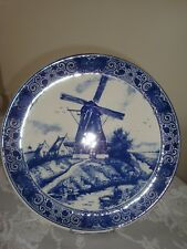 GRAND PLAT EN FAIENCE DE DELFT.  Diamètre 33 cm