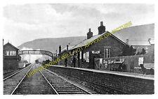 Pontlottyn Railway Station Photo. Tir Phil & New Tredegar - Rhymney. (2)