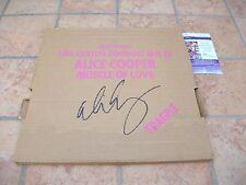 ALICE COOPER SIGNED MUSCLE OF LOVE LP VINYL ALBUM JSA COA