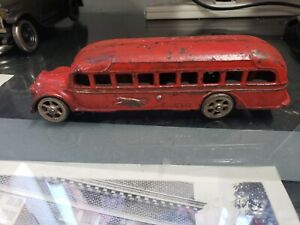 Arcade Greyhound Lines GMC Cast Iron Bus