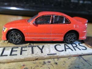 MOTORMAX RED LEXUS IS300 CAR (L9836) SCALE 1/64 - DIORAMAS!