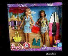 Barbie  Strand- Geschenkset mit 2 Puppen, Surfbrett, Pink Passport FNY32 NEU/OVP
