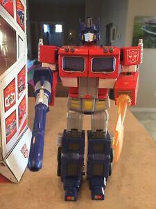 Hasbro Transformers 20th Anniversary DVD Edition Optimus Prime MP 01 10