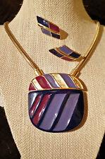 Exquisite Vintage Trifari Enamel & Gold Tone Demi Parure - Necklace/ Earrings
