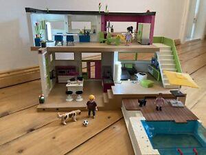 Playmobil City Life Luxusvilla 5574 mit kompletter Einrichtung, Licht und Pool