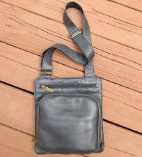 CLARKS Black Pebbled Leather/Fuax Leather Messenger Crossbody Shoulder Bag Purse