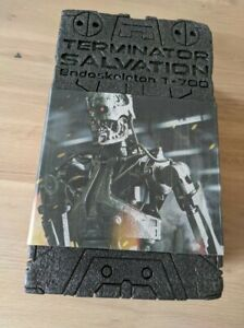 Hot Toys Terminator Genisys Endoskeleton 1/6 T-700 T700 SALVATION MMS94