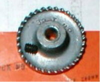 "32 Tooth Crown Gear & Set Screw for 1/8"" Axle 48 Pitch Vintage Slot Car NOS"
