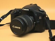 Cámara SLR Canon 30D D con lente 18-55 mm kit