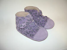 UGG AUSTRALIA BABY GIRLS CRIB SHOES BOOTS size 2 / 3  PURPLE LEOPARD LEATHER