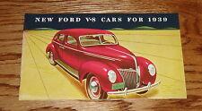 1939 Ford V-8 Car Sales Brochure 39 De Luxe Coupe Convertible Sedan