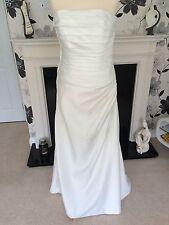 D'zage Wedding Dress Ivory Size 10/12 BNWOT