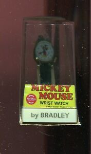 Vintage Bradley  BOBING HEAD MOVING HEAD  NOS mickey mouse watch