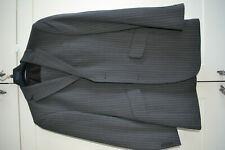 Men's Suit NEW 36R
