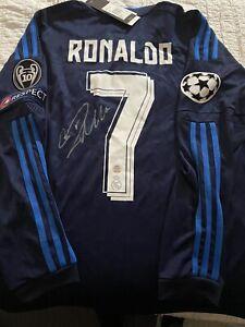 Cristiano Ronaldo Signed Jersey