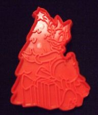 Vintage Hoan Plastic Disney Character Daisy Duck Christmas Cookie Cutter