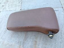 mercedes w123 ARM REST COLOR PALOMINO LIGHT BROWN, FROM A 1984 300D