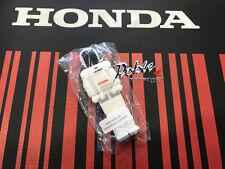 New for 2017 Genuine Honda Merchandise Asimo Robot 8GB  8 GB USB Memory Stick