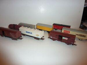 Lot  huit  Wagons  de  marchandise  Jouef  Lima  HO