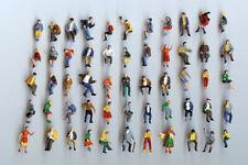 50 sitzende Preiser Figuren Spur H0 - NEU - handbemalt