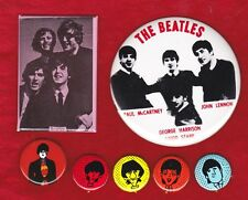 GROUP OF 6  BEATLES PINBACKS AND 1 POCKET MIRROR   7 TOTAL ITEMS