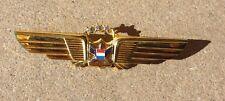 Beautiful UNITED AIRLINES UAL PILOT WINGS Badge Pin