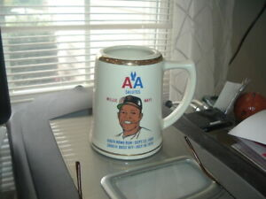"""1970 AA Salutes American Airlines Willie Mays Ceramic Mug 5"""" High"""