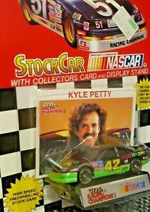 1993 NASCAR Stock Car #42 KYLE PETTY 1:64 Diecast Car w/ Stand & Card - NOS