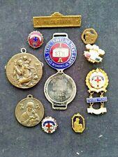 Lot of 10 Vintage Badges.