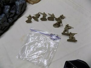 Conte longest Day Playset British Set # 2 unpainted 1/32nd 8 figures