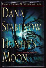 Dana Stabenow. HUNTER'S MOON. 1ST/1ST, F/F.