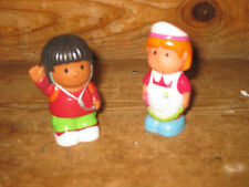 EARLY LEARNING CENTRE ELC  HAPPYLAND STAND X 2 DOCTOR NURSE MAID  PLAYFIGURES