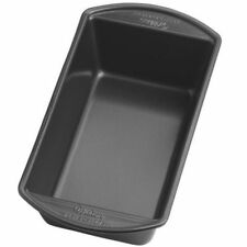 Wilton Perfect Results Non-Stick Loaf Pan, 9 ¼ x 5 ¼ x 2 ¾ Inches