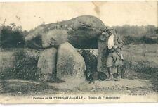 CPA Saint Benoit du Sault - Dolmen de Passebonneau Chasse chien chasseur fusil