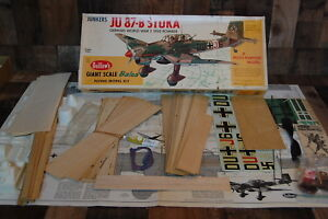 Vintage Guillows Stuka Giant Scale flying balsa wood airplane, very good