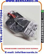 074000390 DECESPUGLIATORE OLEO-MAC 730 735 740   Supporto filtro aria