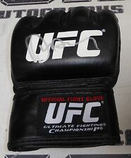 Dan Hardy Signed UFC Official Fight Glove PSA/DNA COA Autograph 146 111 89 95 99