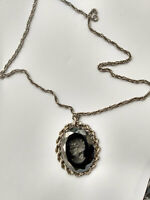 Vintage Black Glass Intaglio Cameo Pendant  with Necklace Silver Tone