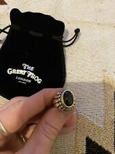 The Great Frog Small Feather Stone Ring Black Onyx Canobchon
