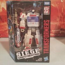 NEW Transformers: Siege War for Cybertron Ratchet  Walgreens Exclusive