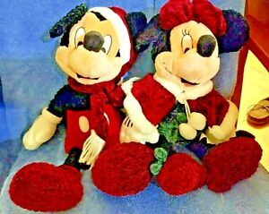 Mickey and Minnie Mouse 1999 Holiday Christmas Disney Plush Toy