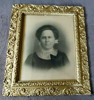 """ORNATE VINTAGE GOLD GILDED WOOD PICTURE FRAME W/ WOMAN - 23"""" X 27"""""""