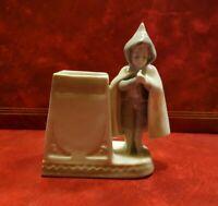 Estatuilla Porcelana - Niño