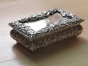 Fabulous William IV Solid Silver Table Snuff Box By Nathaniel Mills London 1833